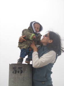 Nicolás y mamá en Peñalara